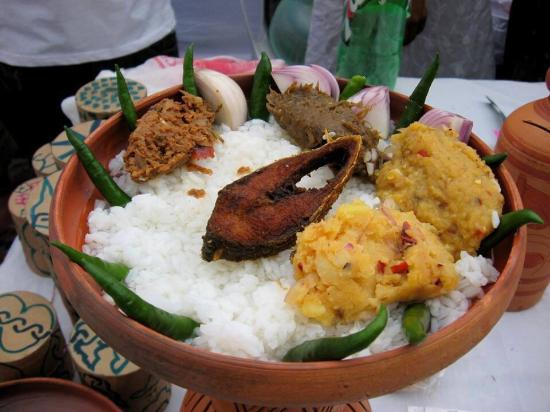 RESTO_bangladesh-calcarone[1].jpg